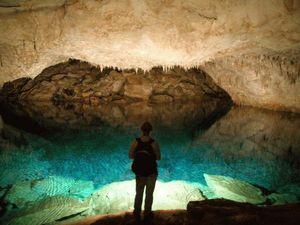 Những hang động kì vĩ nhất thế giới
