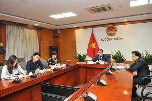 Thứ trưởng Bộ Công Thương điện đàm với Quốc vụ khanh phụ trách chính sách thương mại Vương quốc Anh
