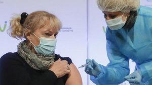 Anh: Vaccine COVID-19 của AstraZeneca không gây rối loạn đông máu