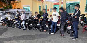 TP. Châu Đốc: Tạm giữ 11 môtô thay đổi đặc tính do nhóm thanh, thiếu niên điều khiển tụ tập gây mất trật tự