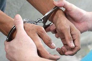 Hà Nội: Một nhà báo bị bắt giam về tội cướp tài sản sau phi vụ buôn bán khẩu trang