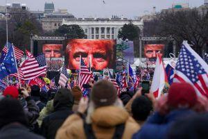 Ông Trump lên tiếng bảo vệ người biểu tình ở Điện Capitol
