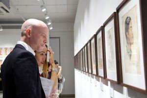 Trưng bày nghệ thuật đương đại về 'Con người, Vinh quang và Cuộc sống sau Chiến tranh'