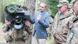 Chuyên gia Nga: Mỹ-Ukraine lạc điệu khi viện trợ quân sự