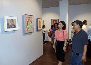 Độc đáo bộ sưu tập tranh 'Houei' của nhà sưu tập người Nhật Bản
