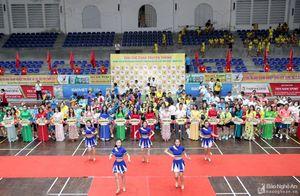 Hơn 750 VĐV tham dự Giải Thể thao truyền thống Đảng bộ Khối Doanh nghiệp tỉnh Nghệ An