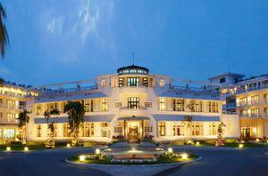 Tác động của mức độ thỏa mãn công việc đến sự gắn kết của nhân viên với tổ chức tại các khách sạn năm sao trên địa bàn thành phố Huế
