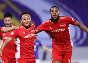 CLB Viettel đánh bại CLB Hà Nội trong trận đấu có 2 thẻ đỏ