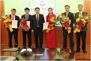 Bổ nhiệm bà Trần Thị Quốc Hiền làm Phó Cục trưởng Cục Tin học hóa