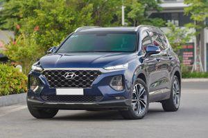 Hyundai Santa Fe, BMW 5-Series đang được giảm giá xả hàng ở Việt Nam
