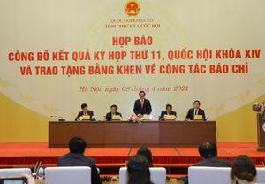 Hình ảnh họp báo thông tin kết quả kỳ họp thứ 11, Quốc hội khóa XIV