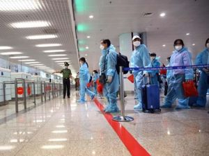 Bộ Ngoại giao nói về thủ tục nhập cảnh với người có 'hộ chiếu vaccine'