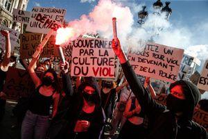 Dù trễ, phong trào #MeToo đã đến nước Pháp