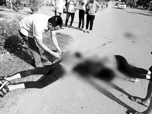 Quảng Trị: Va với xe đầu kéo, đôi nam nữ tử vong thương tâm