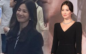 Bắt gặp Song Hye Kyo đời thực: Tỏa sáng nhờ kiểu tóc 'bổ luống' phù hợp
