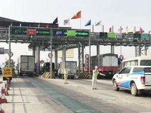 Những lỗi khiến người điều khiển ô tô bị phạt khi qua trạm thu phí