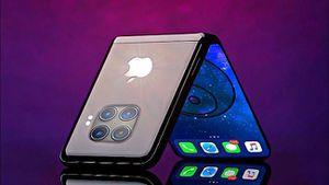 Người đàn ông cố tự chế iPhone màn hình gập