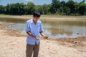 Bà con miền Trung mong mỏi nước sạch mỗi mùa nắng hạn
