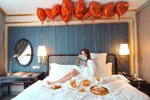 Nghỉ dưỡng ngay tại Hà Nội với gói 'Golden Staycation' tại khách sạn dát vàng độc nhất