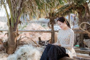 Sao Mai Huyền Trang phát hành MV 'Anh có về Quảng Bình cùng em'