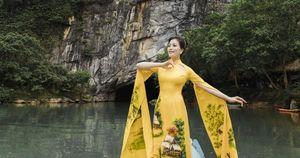 Sao mai Huyền Trang giới thiệu cảnh đẹp Quảng Bình qua MV
