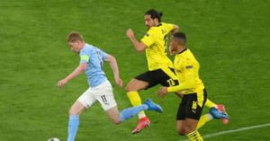 Man City bản lĩnh giành vé Bán kết Champions League