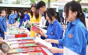 Ngày hội 'Mỗi thanh niên một cuốn sách làm bạn'