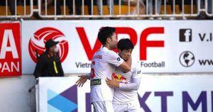 HLV Kiatisuk: HAGL chưa nghĩ đến chức vô địch V.League