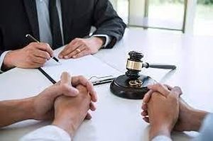 Biết 2 trong 3 con không phải con ruột, chồng kiện vợ và phán quyết bất ngờ của tòa