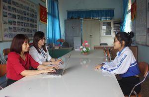 Tư vấn tâm lí học đường giúp học sinh ứng phó tích cực trước những tình huống của xã hội và cuộc sống