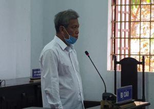 Tòa quay trở lại xét hỏi Trịnh Sướng về công thức pha xăng giả
