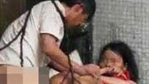 Mẹ bắt quả tang người đàn ông hãm hại con 2 tuổi