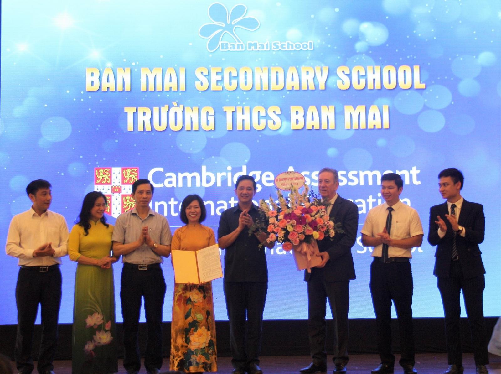 Thêm trường phổ thông Việt Nam gia nhập mạng lưới giáo dục toàn cầu của Cambridge