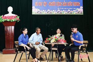 Gần 300 ĐVTN Cẩm Xuyên tham gia diễn đàn Hà Huy Tập - người cộng sản kiên trung