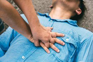 Cách sơ cứu khi gặp người bị tai nạn giao thông