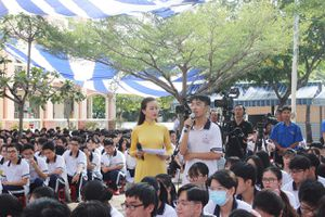 Gỡ rối cho học sinh trước kỳ thi tốt nghiệp THPT