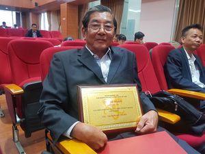 Ông Hồ Quang Cua nói về việc mang 'hoa hậu gạo' - ST25 đi thi