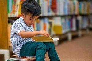Tủ sách gia đình: Món quà vô giá dành cho trẻ