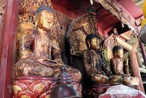 Chùa Bút Tháp - Ngôi chùa độc đáo lưu giữ bốn bảo vật quốc gia