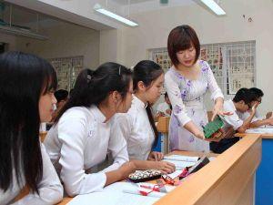 Bộ Giáo dục đề nghị các ngành, địa phương chỉ đạo không tăng học phí