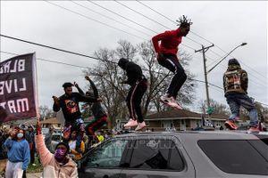 Bộ Tư pháp Mỹ điều tra hành vi lạm quyền của cảnh sát thành phố Louisville