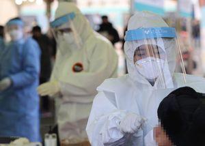 Hàn Quốc ghi nhận hàng loạt ca mắc COVID-19 không truy vết được