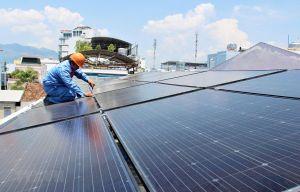Gắn trách nhiệm thu gom, xử lý rác thải pin mặt trời với các nhà đầu tư