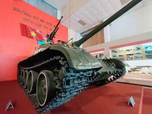 Chiếc xe tăng húc đổ cổng phụ Dinh Độc Lập trong ngày 30/4/1975 giờ ra sao?