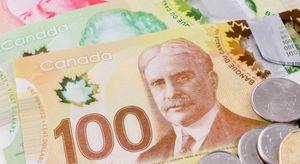 Thủ đoạn biến tờ 5 CAD thành 100 CAD của kẻ làm tiền giả