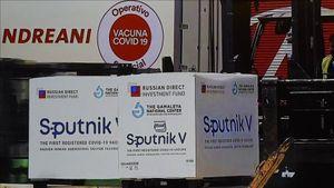 Ca mắc mới Covid-19 lập 'đỉnh' toàn cầu, Ấn Độ nhận lô vaccine Sputnik V đầu tiên từ Nga