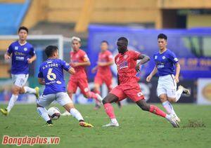 HLV Park Choong Kyun: 'Dùng 3 trung vệ vì sợ Hà Nội FC thua trước'