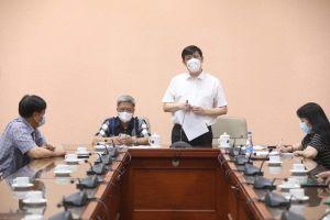 35 cán bộ, chuyên gia y tế Việt Nam sang hỗ trợ nước bạn Lào phòng chống dịch COVID-19