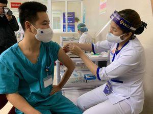 Hơn 539.000 người Việt Nam đã tiêm chủng vắc xin phòng COVID-19