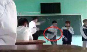 Chấm dứt hợp đồng đối với thầy giáo chửi bới, đá học sinh ngã trên bục giảng